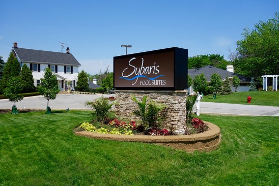 Sybaris Pool Suites Frankfort