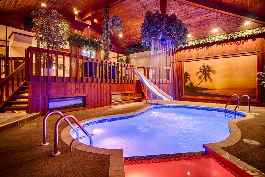 Chalet Swimming Pool Suite Northbrook, IL