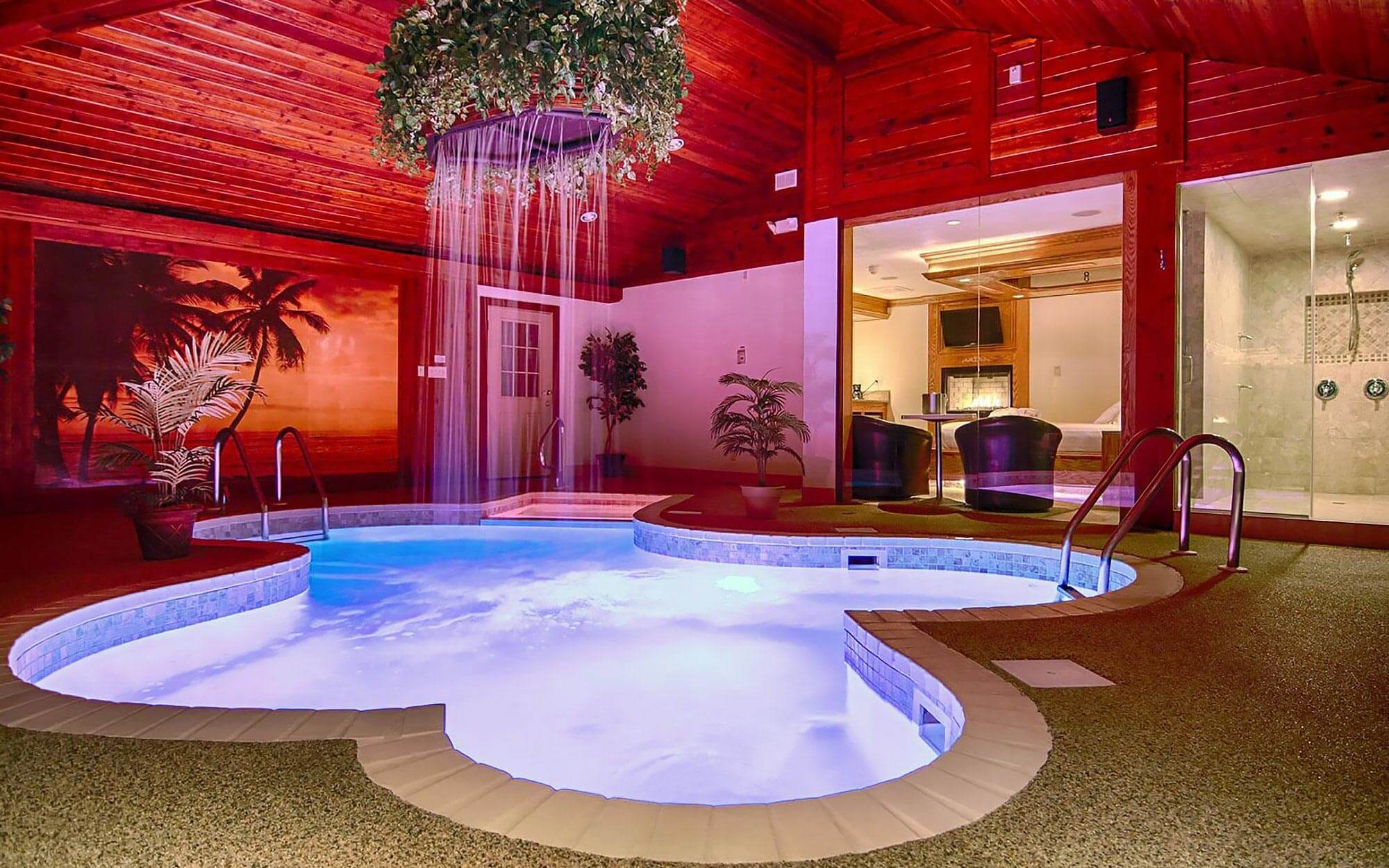 PARADISE SWIMMING POOL SUITE - Learn more...